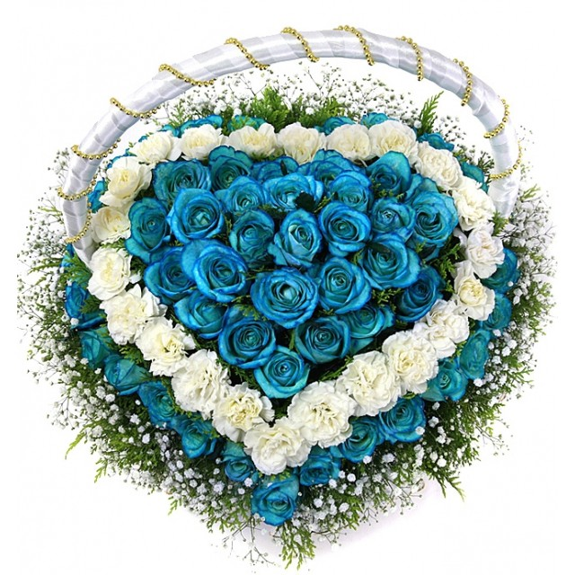 White and Blue Rose heart