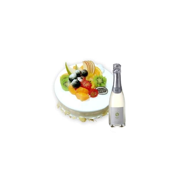 Sparkling juice  and Large Fruit Cake