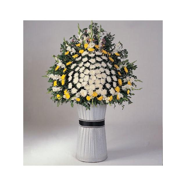 Funeral Spray Chrysanths